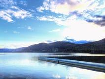 Jakt sjö Alberta Canada Arkivfoto