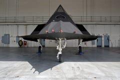 Jaktflygplan för Lockheed Martin F-117 Nighthawkstealth Arkivfoton
