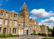 Jaktlantgårdsjukhus i Enfield london arkivbilder