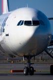 JAL AIRBUS A300-600 am Tokyo-internationalen FLUGHAFEN Stockfotografie