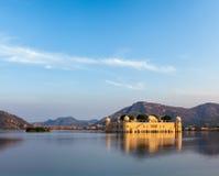 Jal Mahal (дворец воды).  Джайпур, Раджастхан, Индия стоковое фото