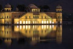 Jal Mahal Palace under solnedgång Fotografering för Bildbyråer