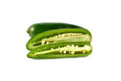 Jalapenos Chili pieprze lub Meksykańscy chili pieprze na bielu Obrazy Stock