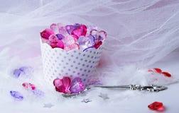 jalea del brillo del postre de los corazones de la tarjeta del día de San Valentín Imagen de archivo