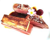 Jalea del vino rosado de la pizca de la pechuga de pato y salsa de soja dulce foto de archivo