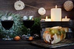 Jalea rusa tradicional del pollo a la tabla del ` s del Año Nuevo Fotos de archivo libres de regalías