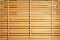 Jalousie en bois de Brown Photographie stock libre de droits