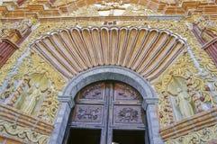 Jalpan de Serra教会的门面  库存图片
