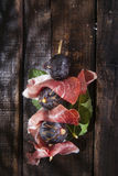 Jamón e higos del pincho Imagen de archivo