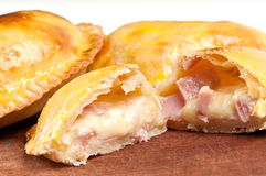 Jamón y queso Empanada Imagen de archivo libre de regalías