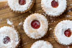 Free Jam Filled Round Linzer Cookies With Powder Sugar Royalty Free Stock Image - 116170676