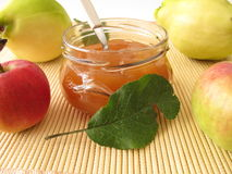 Jam with quince and apple Royalty Free Stock Images