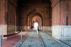 Jama Masjid ausführlich NOVEMBER 2007: Leute am Baha'i Ort der Verehrung, bekannt als Lotos Tempel in Neu-Delhi am 10 Das Gebet H Lizenzfreie Stockfotos