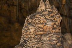 jama Soplenowie i stalagmity Zadziwia? miejsca na planecie zdjęcia stock