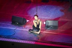 Jamala no concerto de solo no teatro da ópera de Lviv fotos de stock