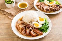 Jambe cuite de porc avec du riz Photographie stock