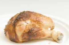 Jambe de poulet grillée par rôtissoire Photos libres de droits