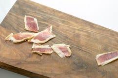 Jambe ibérienne traitée de jambon, jambon de bellota Nourriture espagnole gastronome Image libre de droits