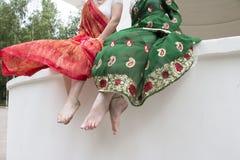 Jambes d'un Girsl dans le montant indien photos libres de droits