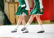 Jambes irlandaises de danse photographie stock