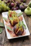Jambon avec la figue fraîche Photos stock
