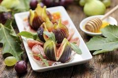 Jambon avec la figue fraîche Image stock