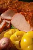 Jambon doux avec le poivre et l'oignon jaunes Image libre de droits
