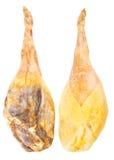 Jambon espagnol de patte de serranowhole de Jamon d'isolement plus de Photographie stock libre de droits