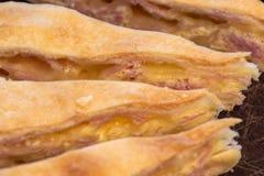 Jambon et gâteau au fromage faits maison exquis image libre de droits