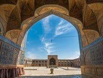 Jameh eller fredag moské av Isfahan, Iran Arkivbilder