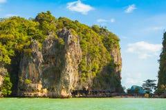 James πάρκων AO Phang Nga εθνική άποψη νησιών δεσμών από τη θάλασσα Στοκ εικόνες με δικαίωμα ελεύθερης χρήσης