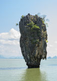 James Bond Island en la bahía de Phang Nga, Tailandia Imagen de archivo