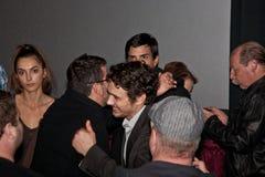 James Franco med fans royaltyfria foton