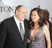 James Gandolfini y Deborah Lin Fotografía de archivo libre de regalías