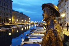 James Joyce statue against Ponterosso to  Trieste Stock Image