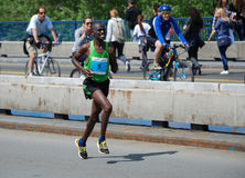 James Kiptum Barmasai, vincitore di maratona di Belgrado fotografia stock