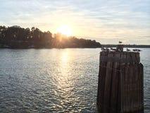 James River Sunset in Surry Virginia Lizenzfreies Stockbild