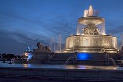 James Scott Memoral Fountain på skymning Arkivbild
