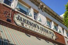 - 20, 2017 Jameson Irlandzki pub w Los Angeles LOS ANGELES, KALIFORNIA, KWIECIEŃ przy Hollywood bulwarem - fotografia royalty free