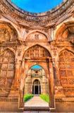 Jami Masjid, un'attrazione turistica importante al parco archeologico di Champaner-Pavagadh - Gujarat, India Immagine Stock
