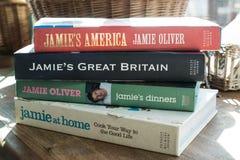 Jamie Oliver böcker Fotografering för Bildbyråer