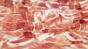 Jamon découpé en tranches - jambon corrigé espagnol de porc Photo libre de droits