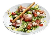 Jamon und Mozzarella Salat Stockfoto