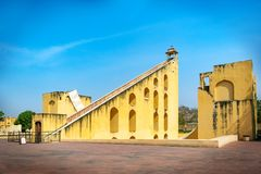 Jamtar Mantar,一个天文学公园在斋浦尔,拉贾斯坦,印度 库存照片