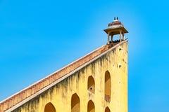 Jamtar Mantar,一个天文学公园在斋浦尔,拉贾斯坦,印度 库存图片