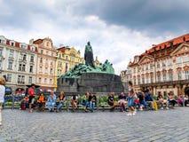 Jan Hus-monument in het Oude Stadsvierkant, Praag, de Tsjechische Republiek royalty-vrije stock foto