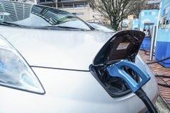 Jan 19, 2018, - Portlandzki Lub Elektryczny pojazdu Ładować Zdjęcia Stock