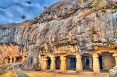 Janavasa, cava 25 e Gopi Lena, caverna 26, no complexo de Ellora Local do patrimônio mundial do UNESCO no Maharashtra, Índia foto de stock royalty free