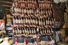 Janbiya yéménite au marché en plein air Sanaa, Yémen Image stock
