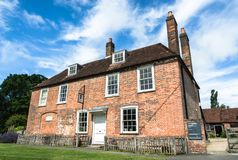 Jane Austen minnes- hus i Chawton, Hampshire, UK Arkivbilder
